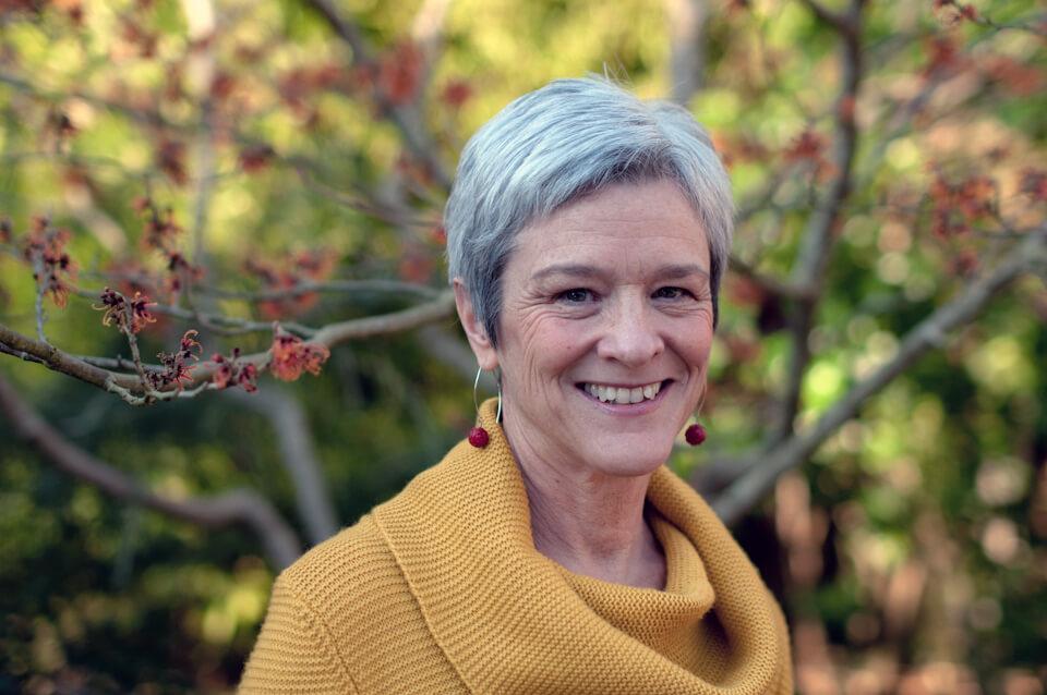 Photo : Jane Beach, consultante en matière de recherche et de politique sur la garde d'enfants